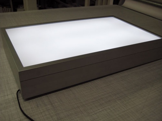 leuchtk sten aus m nchen sonderangebote leuchtkasten auch mit led. Black Bedroom Furniture Sets. Home Design Ideas